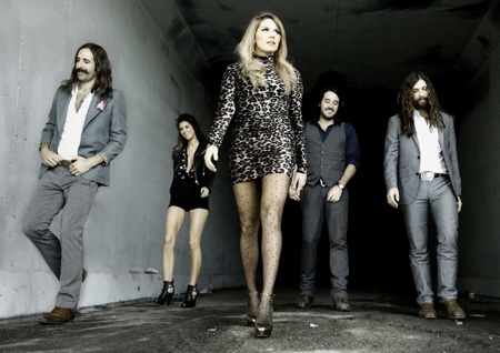 Grace-Potter-and-the-Nocturnals-at-the-Fillmore-Auditorium